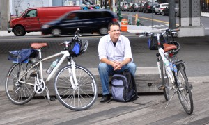 Paul cycling in New York. A ride around Manhattan and across the Brooklyn Bridge is the sum total of our collective Stateside cycling.